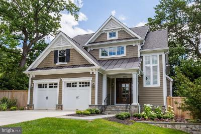 Bethesda Single Family Home For Sale: 5700 Tanglewood Drive