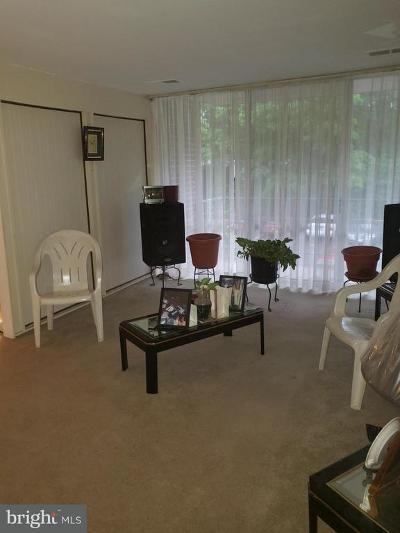 Hyattsville Single Family Home For Sale: 7983 Riggs Road #8