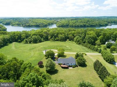 Sykesville Single Family Home For Sale: 541 Candle Light Cove Drive