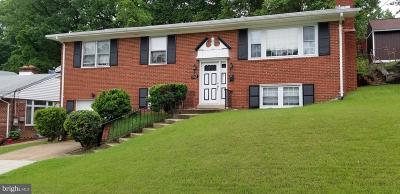 Temple Hills Single Family Home For Sale: 3908 23rd Place