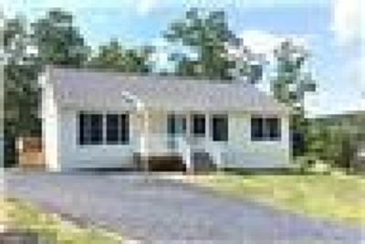 Warren County Single Family Home For Sale: Club House Rd