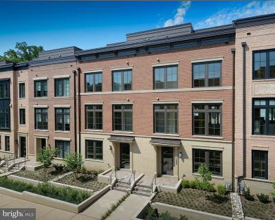 Chevy Chase Townhouse For Sale: 3683 Chevy Chase Lake Drive