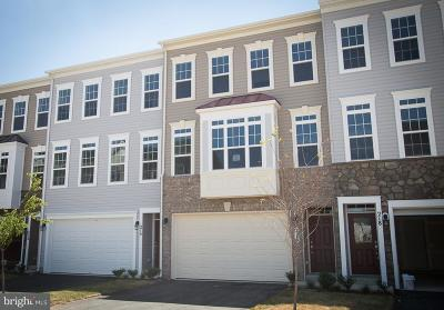 Purcellville Townhouse Under Contract: 220 Apsley Terrace