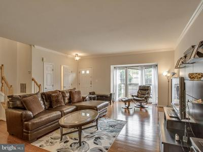 Compton Village Townhouse For Sale: 14302 Stonewater Court