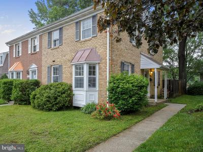 Crofton Townhouse For Sale: 1726 Foxdale Court