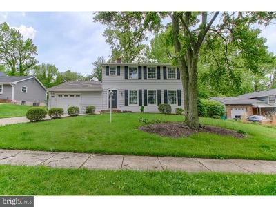 Mount Laurel Single Family Home For Sale: 534 S Brentwood Drive