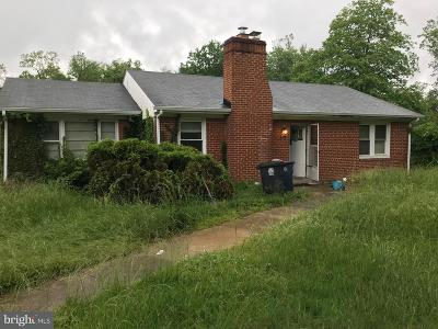 Temple Hills Single Family Home Under Contract: 4713 Henderson Road