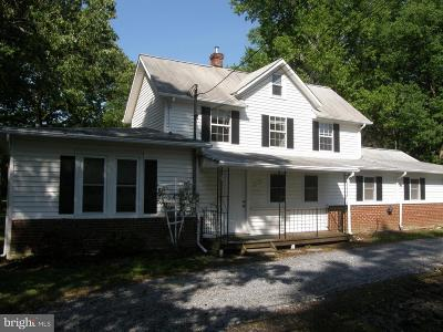 Shady Side Single Family Home For Sale: 6400 Shady Side Road