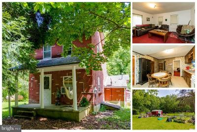 Single Family Home For Sale: 1062 Warburton Road