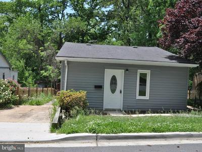 Lanham Single Family Home Active Under Contract: 6314 93rd Avenue