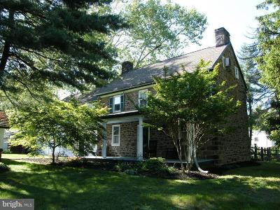 Bucks County Single Family Home For Sale: 752 Holland Road