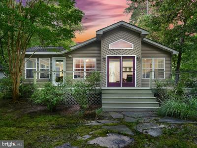 Ocean Pines Single Family Home For Sale: 2 Dinghy Court