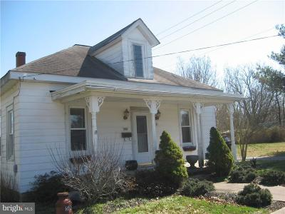 Milford Single Family Home For Sale: 500 S Washington Street