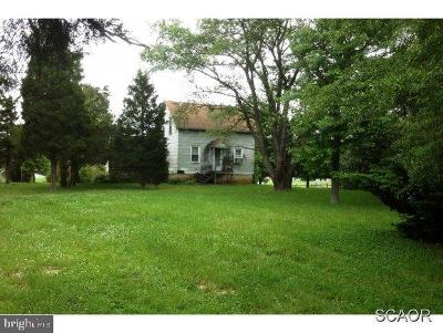 Single Family Home Under Contract: 33229 Angola Road