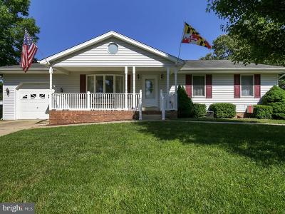 La Plata Single Family Home For Sale: 415 Linden Lane