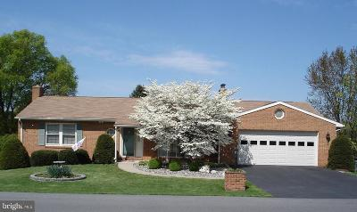 Hagerstown Single Family Home For Sale: 321 Chartridge Drive