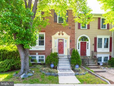 Woodbridge Townhouse For Sale: 15573 Lebourget Court