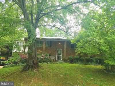 Temple Hills Single Family Home For Sale: 5804 Huntland Road