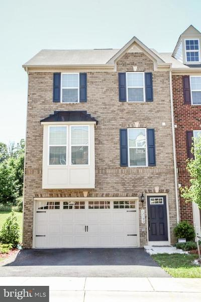 Waldorf Townhouse For Sale: 12190 Montreat Place