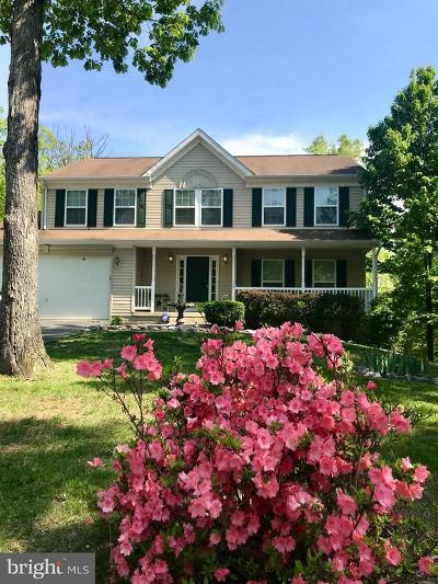Hedgesville Single Family Home For Sale: 76 Scadlock Court
