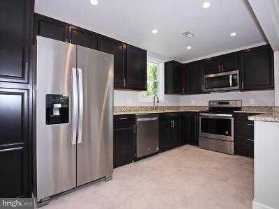 Baltimore MD Single Family Home For Sale: $240,000