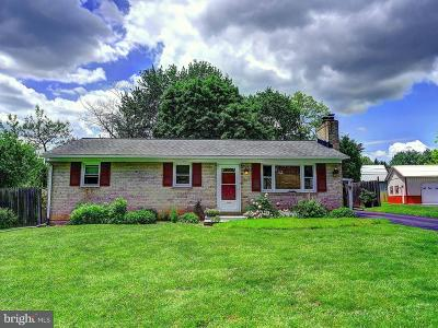 Forest Hill Single Family Home For Sale: 216 Marshall Drive