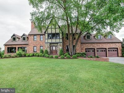 Brookeville Single Family Home For Sale: 19716 Golden Valley Lane