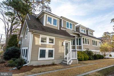 Country Club Estates, Encampment Grounds, North Rehoboth, Schoolvue, Silver Lake Shores, South Rehoboth Single Family Home For Sale: 112 Norfolk Street