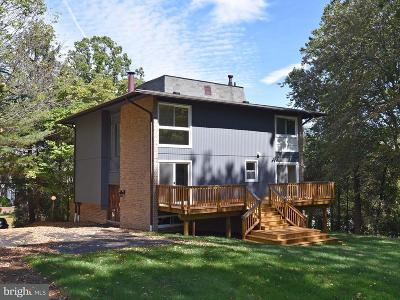 Potomac Single Family Home For Sale: 8814 Bells Mill Road