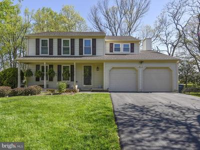 Gaithersburg Single Family Home Active Under Contract: 18117 Kodella Court