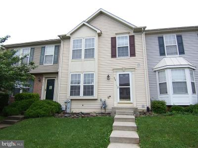 Townhouse For Sale: 550 Macintosh Circle