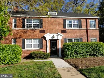 Arlington Condo For Sale: 4326 Pershing Drive #1