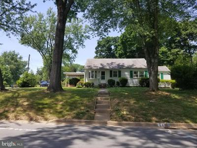 Falls Church Single Family Home Active Under Contract: 1920 Griffith Road