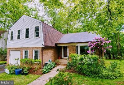 Rockville Single Family Home For Sale: 1422 Fallswood Drive