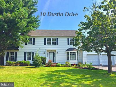 Lawrenceville Single Family Home For Sale: 10 Dustin Drive