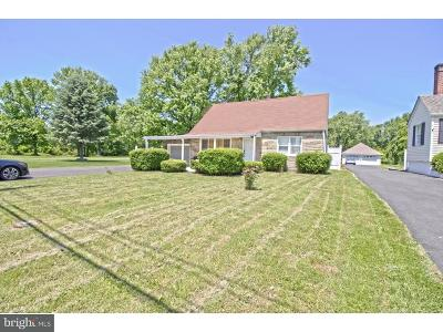 Morrisville PA Single Family Home For Sale: $234,900