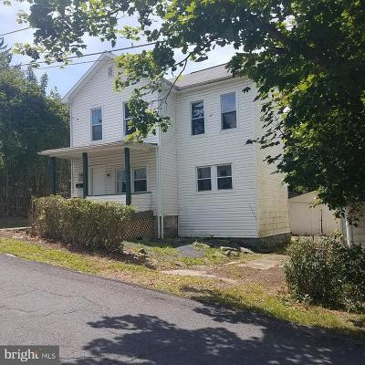 Frostburg Single Family Home For Sale: 27 Hill Street