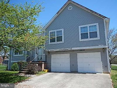 Upper Marlboro Single Family Home Under Contract: 9106 Sherwood Forest Way