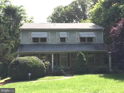 Lansdowne Single Family Home For Sale: 121 Hilldale Road