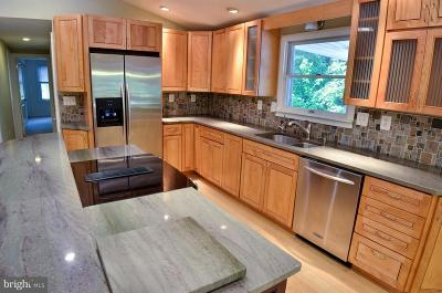 Severna Park Single Family Home For Sale: 232 Wiltshire Lane