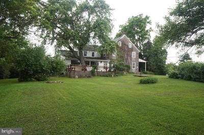 Royersford Single Family Home For Sale: 523 W Linfield Trappe Road