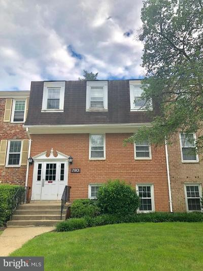 Gaithersburg Condo For Sale: 790 Quince Orchard Boulevard #101