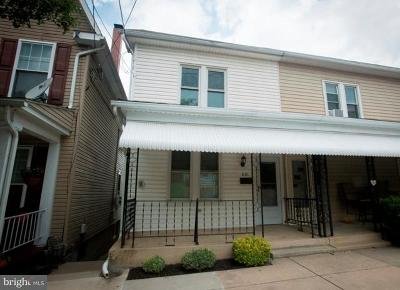 Red Lion Townhouse For Sale: 631 W Broadway