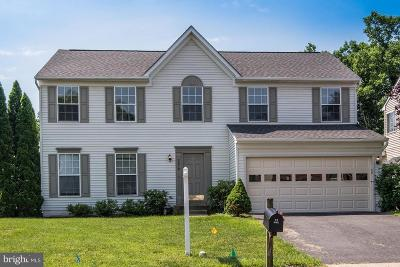 Manassas Park Single Family Home For Sale: 9210 Cynthia Street