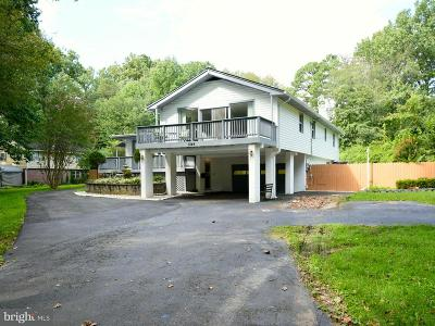 Falls Church Single Family Home For Sale: 3344 Beechtree Lane