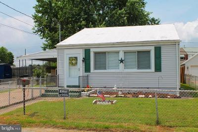 Single Family Home For Sale: 1718 Woodland Drive