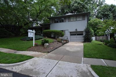 Chevy Chase MD Single Family Home For Sale: $1,200,000