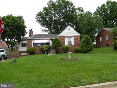 Temple Hills Single Family Home For Sale: 2713 Fairlawn Street