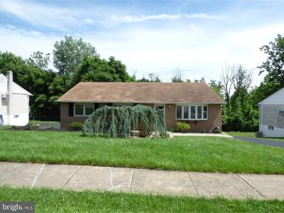 Plymouth Meeting PA Single Family Home For Sale: $339,900