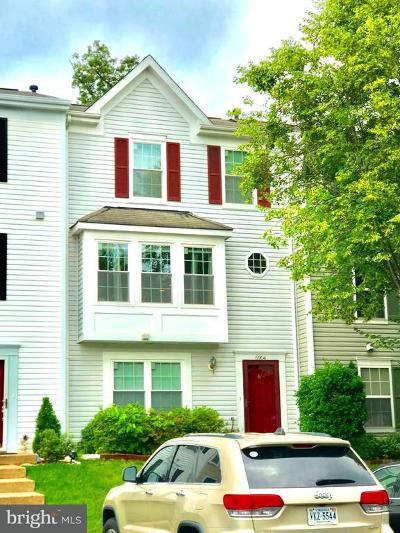 Gainesville Townhouse For Sale: 6904 Village Stream Place
